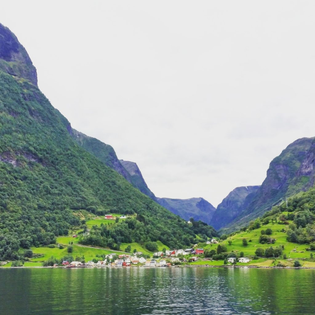 Villaggio sul Nærøyfjord